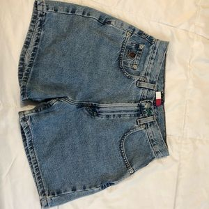 Vintage tommy high waisted mom shorts